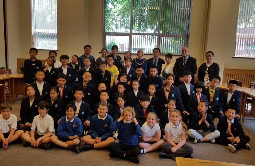 Dovedale School Council & Children from An Hui Province
